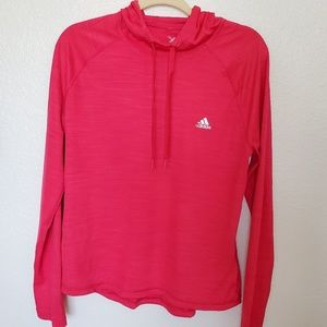 Women Adidas activewear top. Size L
